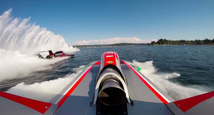 H1 Unlimited Racing Boat 02