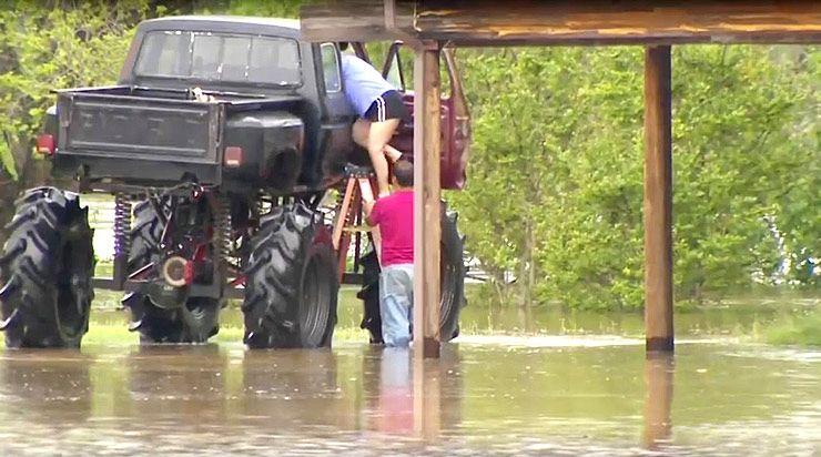 Mega Truck rescues