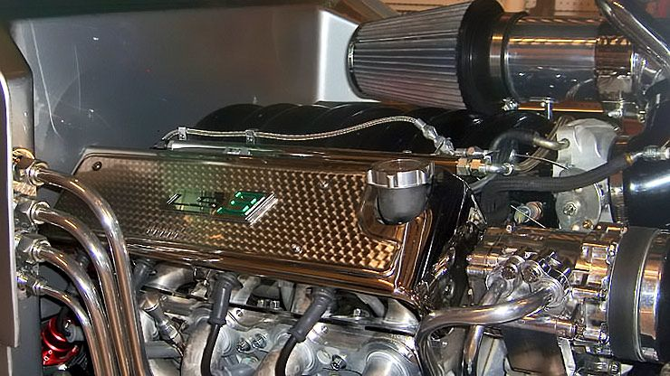 1933 Ford Coupe Rolling Thunder engine