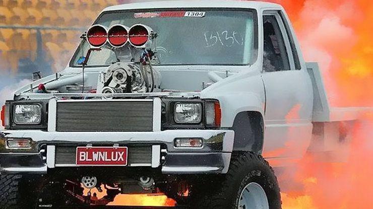 blwnlux-1987-toyota-hilux