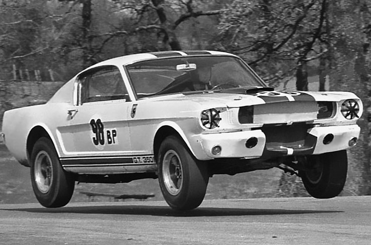 ken-miles-flying-in-the-shelby-gt-350