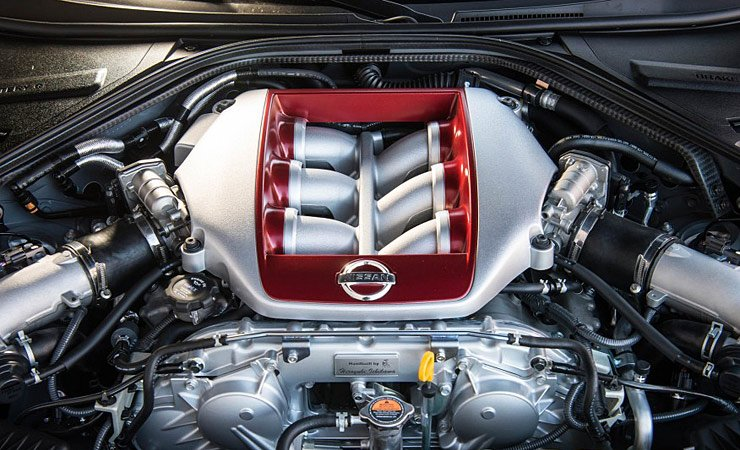 2017-nissan-gt-r-engine