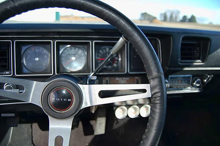 71-buick-gs-455-interior