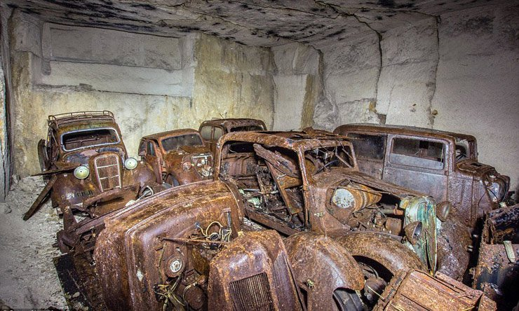 hordes-of-world-war-2-cars-discovered-in-french-quarry
