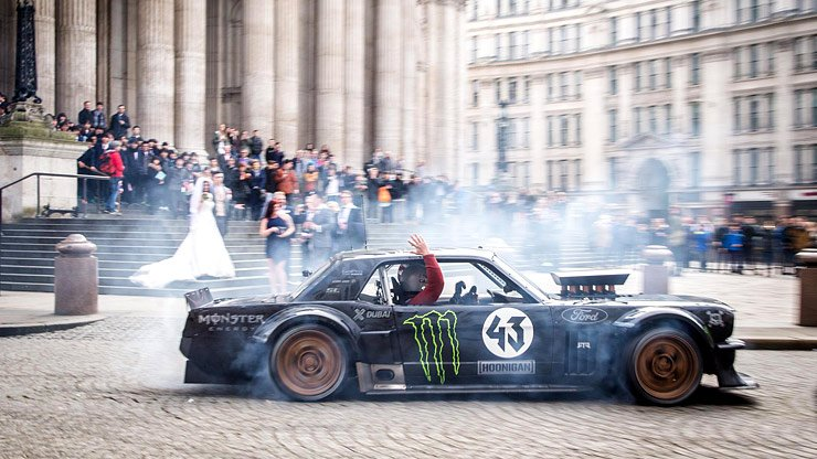 ken-block-and-leblanc-surprised-a-bride-and-groom-in-london