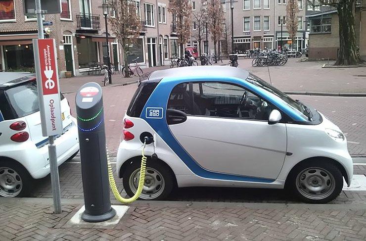 car2go-electric-car