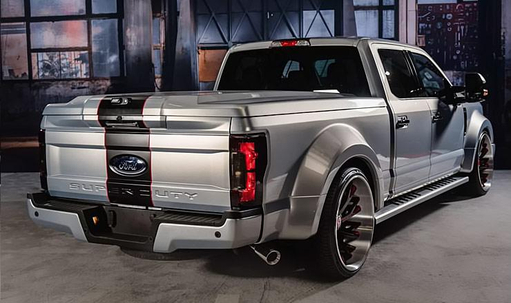 Slammin' 2017 Ford F-250 XLT Super Duty Crew Cab Wide Body ...