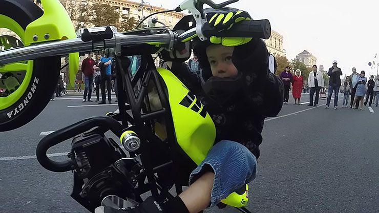 4-year-old kid shows off amazing motorcycle skills