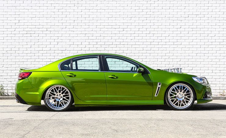 Holden Commodore Reload right side