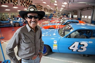 Richard Petty to auction cars trophies and memorabilia