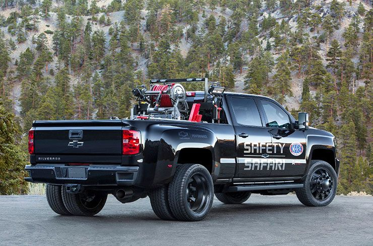 Chevrolet Silverado 3500HD Safety Safari