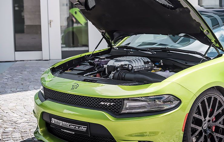 Dodge Charger SRT Hellcat by GeigerCars under the hood