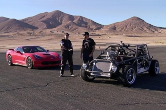 stripped-out C4 Corvette-Kart VS Lingenfelter C7 Corvette