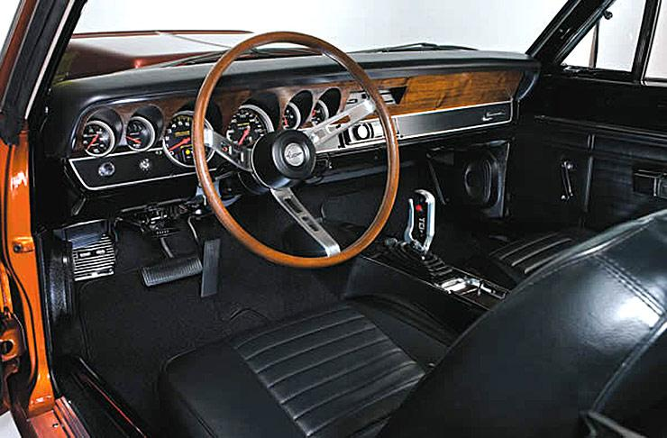 Bill Watkins 1969 Barracuda Fastback dashboard