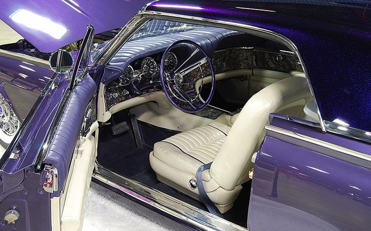 1962 Ford Thunderbird 'Ultra Violet' interior