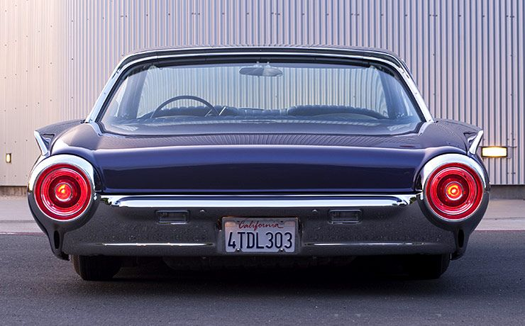 1962 Ford Thunderbird 'Ultra Violet' rear end