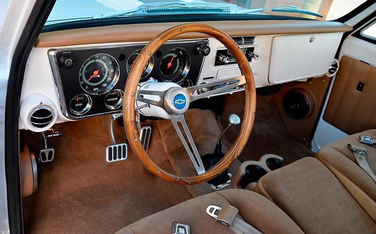 SSBC Chevy C10 interior