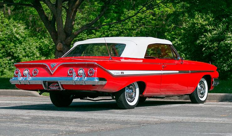 1961 Chevrolet Impala convertible rear right