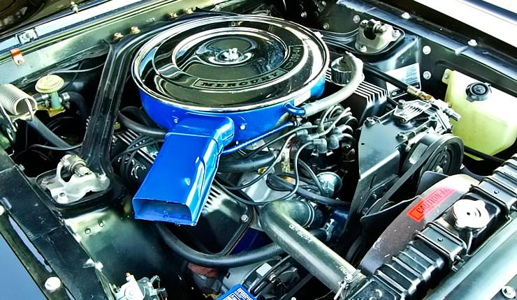 1967 Mercury Cougar XR7 390 cu in engine