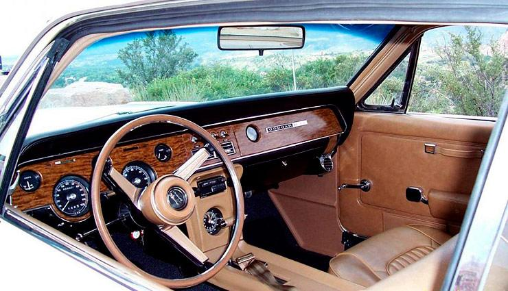 1967 Mercury Cougar XR7 interior