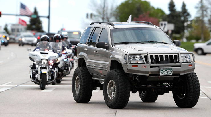 Jeep procession for Kendrick Castillo