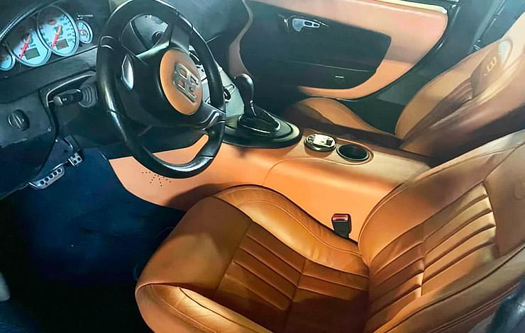 Bugatti Veyron replica interior
