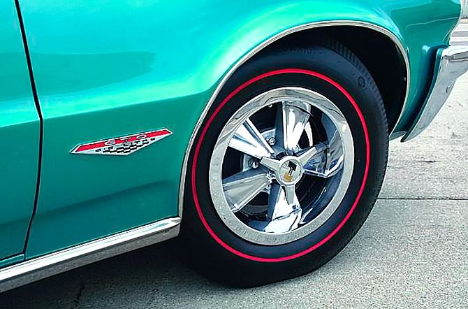 red stripe tire 1964 Pontiac GTO convertible
