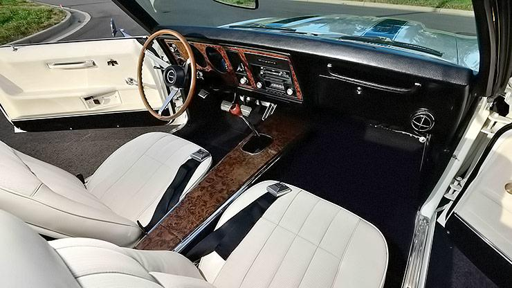1969 Pontiac Trans Am Convertible interior