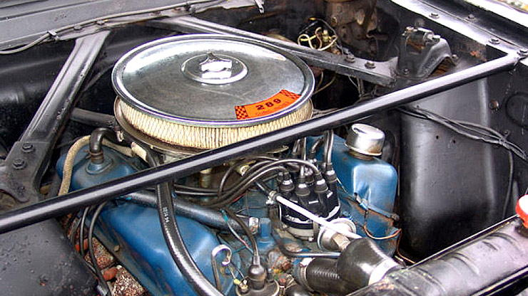 Ford Mustero 289 cubic inch V8 engine