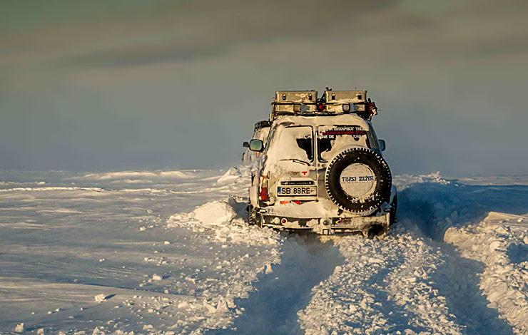 Toyota Land Cruisers in Siberia