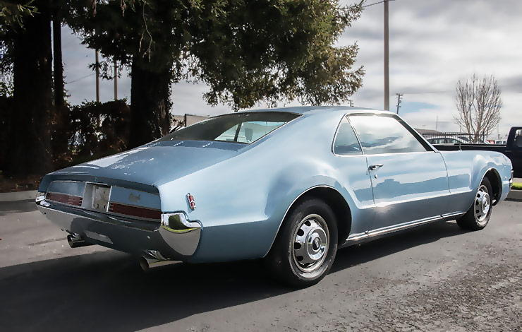 1966 Oldsmobile Toronado rear right side