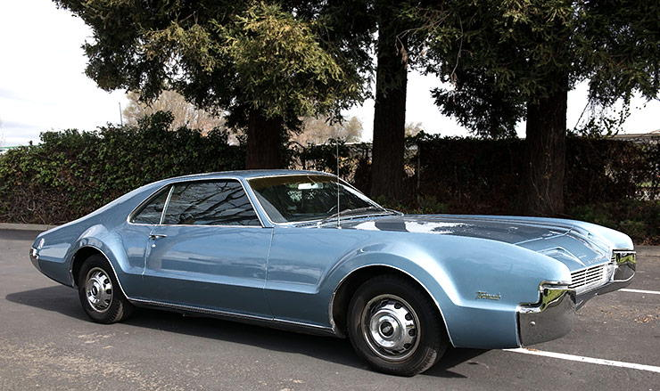 1966 Oldsmobile Toronado right side