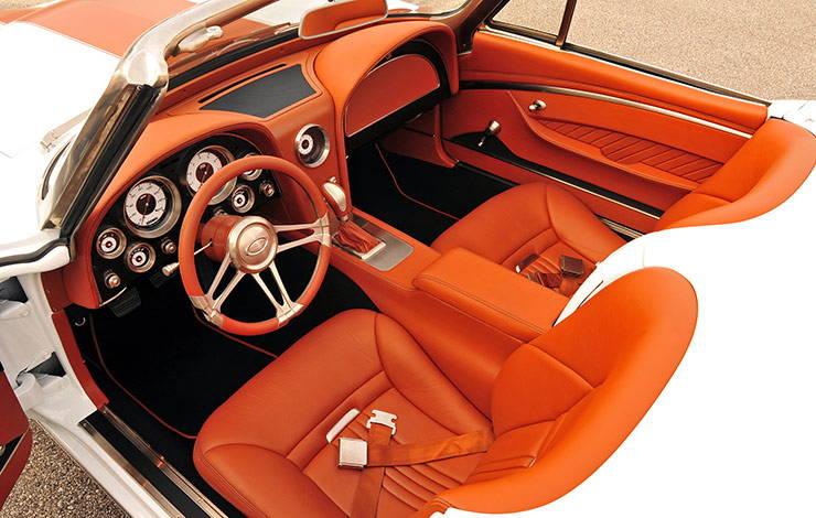 1967 Corvette hot rod interior