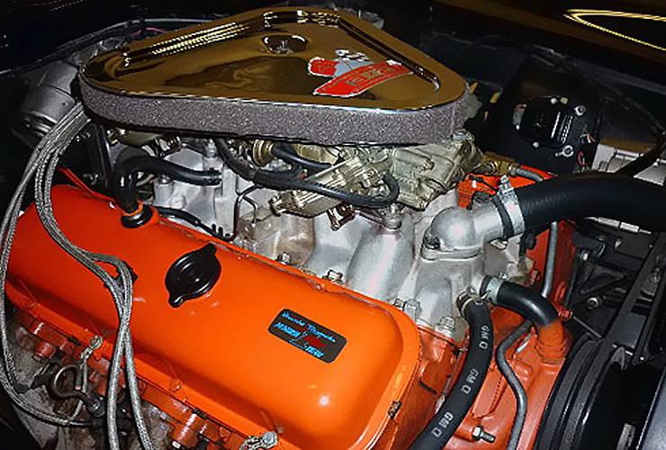Rick Hendricks 1967 Corvette convertible engine