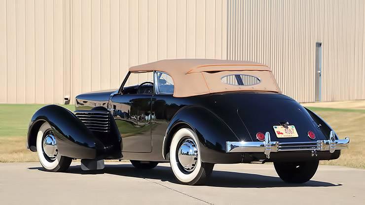 1936 Cord 810 Phaeton rear