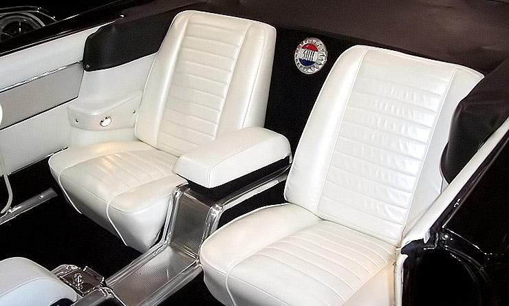 1960 Chrysler 300 F interior