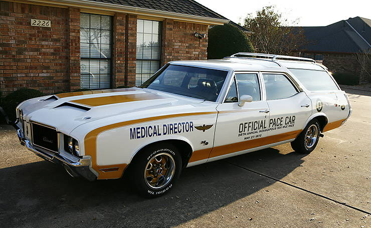 1972 Oldmobile 442 Hurst Olds Pace Car station wagon