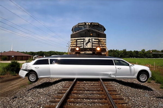 Chrysler 300 stretch limo VS train