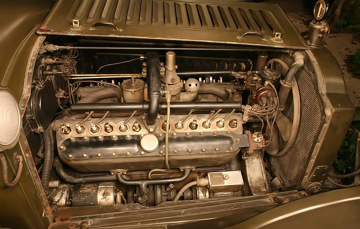 1916 Packard Twin Six Camp Truck engine