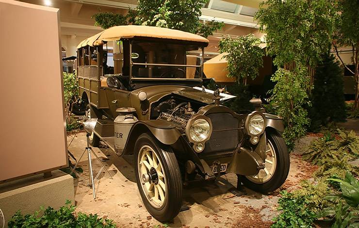 1916 Packard Twin Six Camp Truck