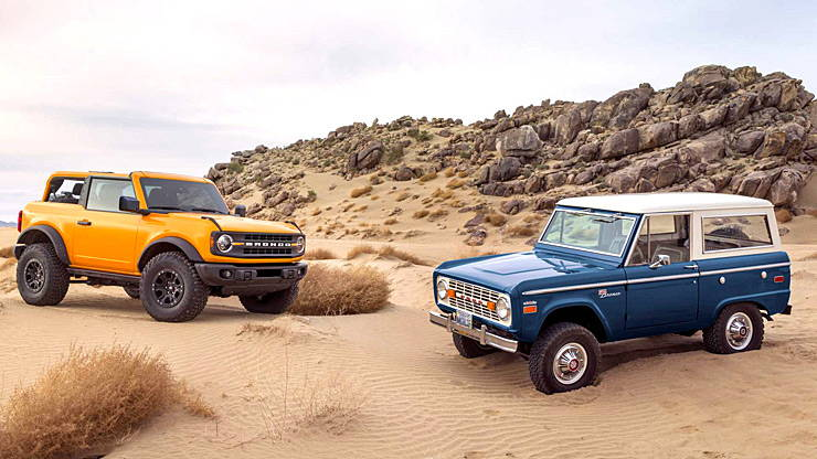2021 Ford Bronco and 1966 Ford Bronco