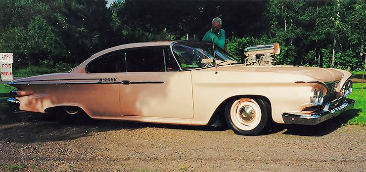 1961 Plymouth Belvedere with a blower