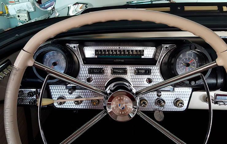 1957 Mercury Turnpike Cruiser dashboard