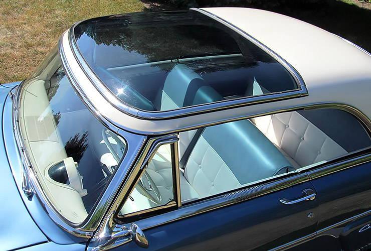 1954 Ford Crestline Skyliner transparent roof