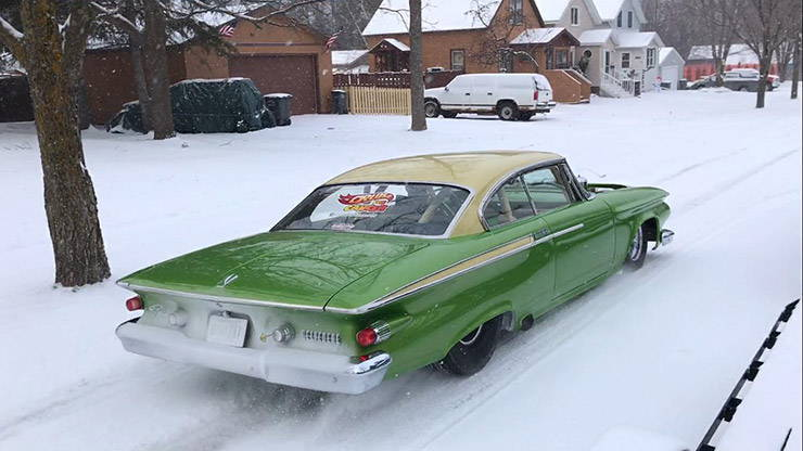 700hp Twin Turbo '61 Plymouth Belvedere hooning in the snow