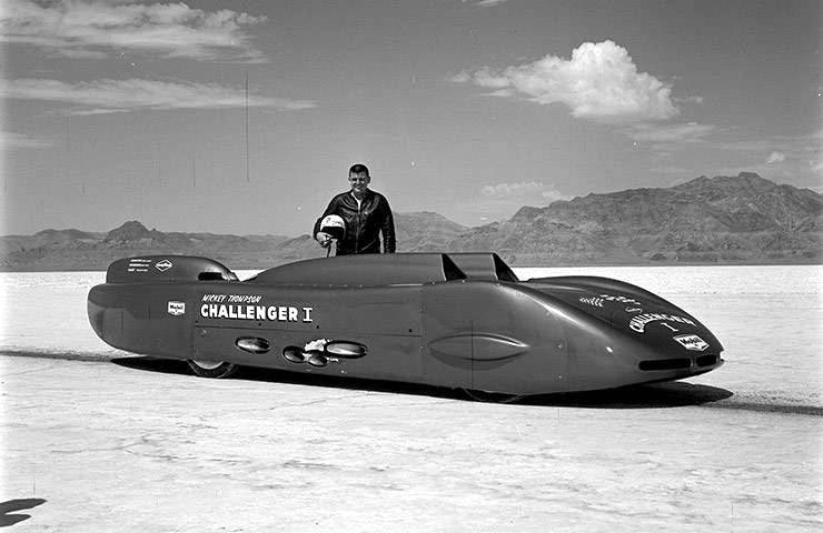 world speed record in 1960 - Mickey Thompson with Pontiac Challenger 1