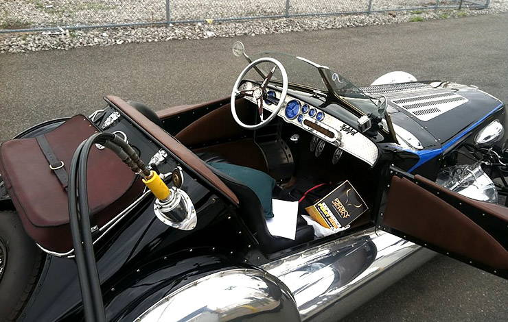Magnolia Special roadster CNG