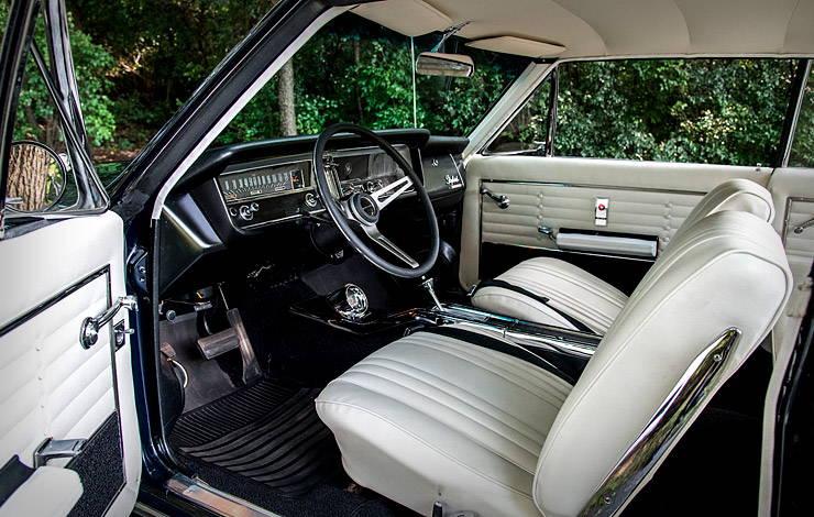 1965 Buick Skylark Gran Sport interior