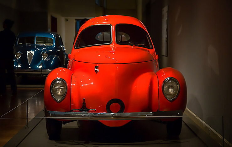 1937 Airomobile front