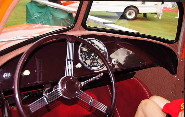 1937 Airomobile interior